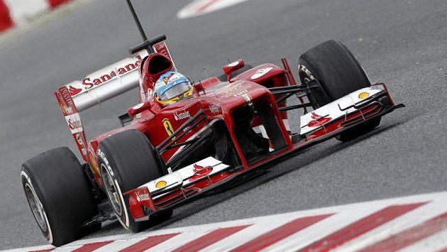 Fernando Alonso ze stáje Ferrari si v příští sezóně vydělá nejvíc peněz.