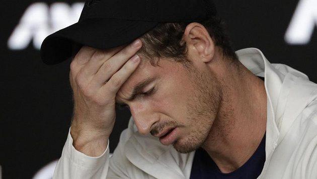Britský tenista Andy Murray se covidu nevyhnul
