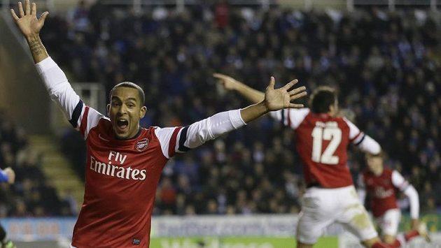 Bude Theo Walcott i na jaře střílet góly v dresu Arsenalu?