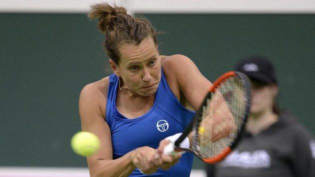 Barbora Strýcová během utkání 1. kola Fed Cupu.