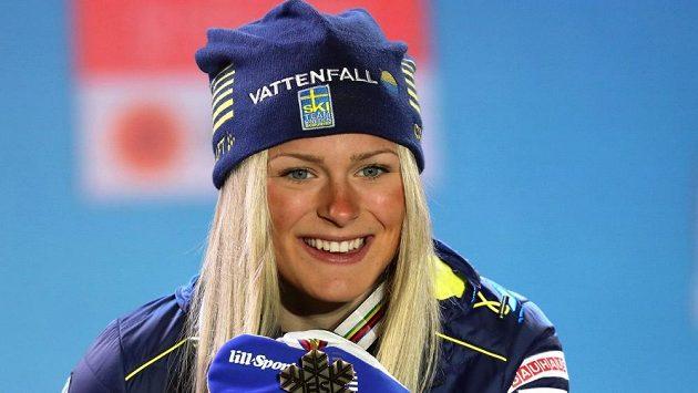 Švédská běžkyně na lyžích Frida Karlssonová. Bude mít ona a její krajané v časech s novými pravidly oproti konkurenci výhodu?