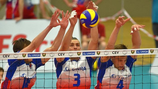 Český blok (zleva) Jakub Janouch, Marek Beer a Donovan Džavaronok.
