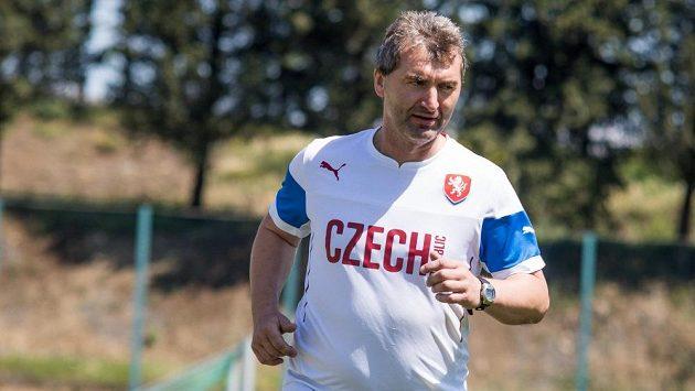 Trenér fotbalové reprezentace do 18 let Jan Suchopárek