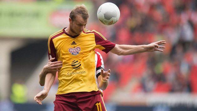 Útočník Dukly Michael Krmenčík se poistaral v derby o vedení svého týmu, na výhru to však nestačilo.