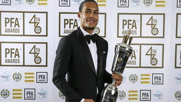 Nejlepším fotbalistou roku v rámci Premier League se stal Virgil van Dijk.