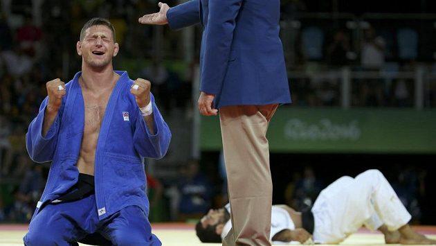 Dobojováno! Lukáš Krpálek má zlato, ve finále porazil Elmara Gasimova z Ázerbájdžánu.