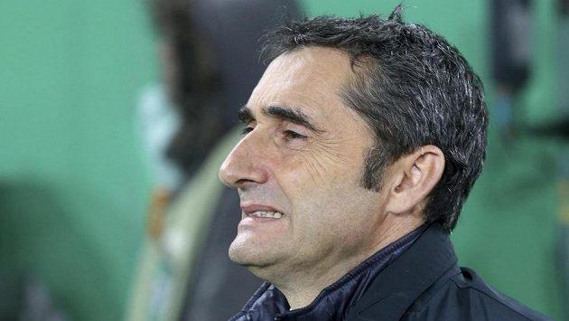 Ernesto Valverde se stal novým trenérem fotbalistů Barcelony.