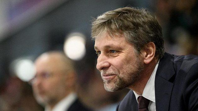 Bývalý trenér hokejové reprezentace Josef Jandač zahájil sezonu na střídačce Magnitogorsku prohrou.