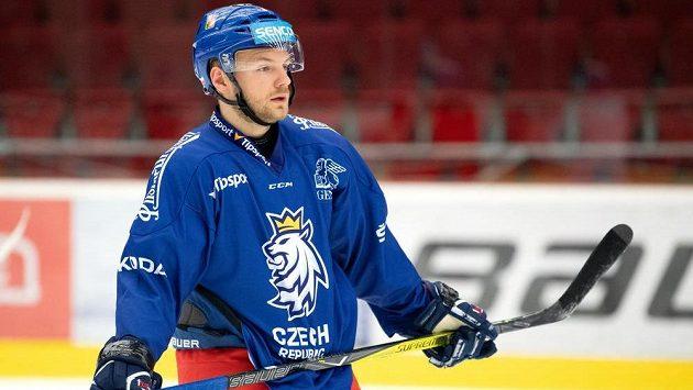 Jan Štencel během tréninku hokejové reprezentace před přípravnými zápasy s Německem.