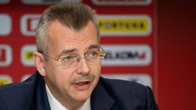 Zástupce čínského vlastníka Slavie CEFC Jaroslav Tvrdík.
