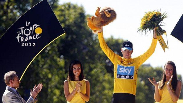 Vítěz 99. ročníku Tour de France Bradley Wiggins z Velké Británie