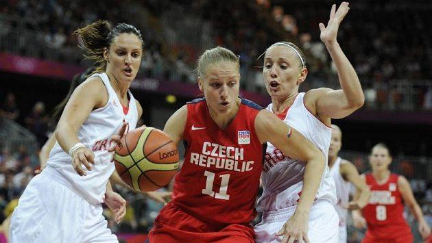 Kateřina Elhotová bojuje s chorvatskou přesilou