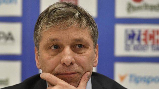 Trenér Josef Jandač (na snímku) možná přemýšlí, koho by jeho tým mohl dostat jako soupeře ve čtvrtfinále MS