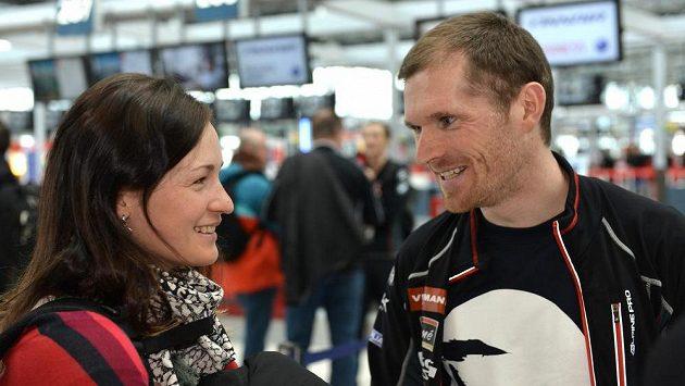 Čeští biatlonisté Veronika Vítková a Michal Šlesingr.