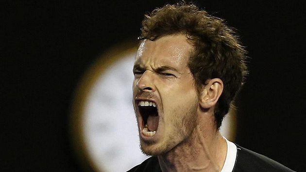 Vítězné gesto Andyho Murrayho na Australian Open.