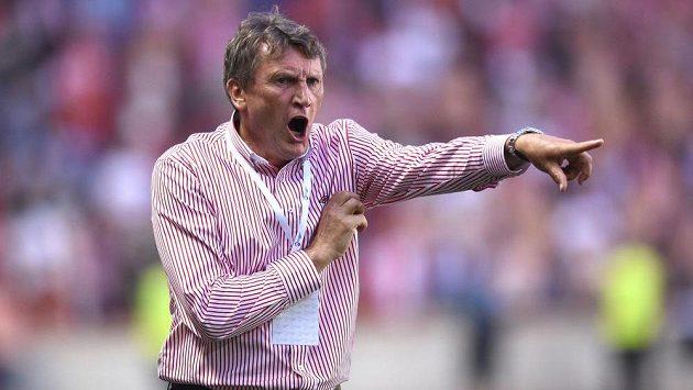 Slávistický kouč Miroslav Beránek během utkání 2. kola Synot ligy s Baníkem Ostrava.