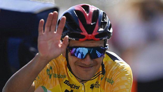 Ekvádorský cyklista Richard Carapaz uhájil v závodu Kolem Švýcarska celkové prvenství.
