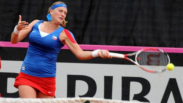 Tenistka Petra Kvitová v utkání proti Saře Erraniové.