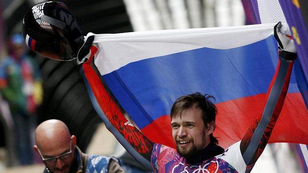 Rus Alexander Treťjakov se stal olympijským vítězem ve skeletonu.