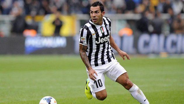 Útočník a největší hvězda Juventusu Carlos Tévez.