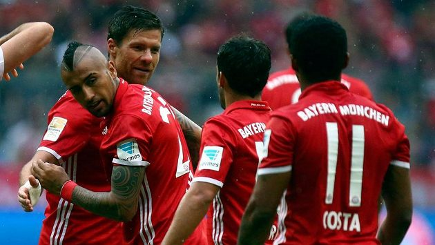 Radost fotbalistů Bayernu Mnichov.