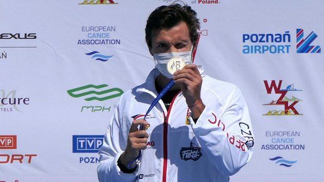 Martin Fuksa se svým devátým evropským zlatem.