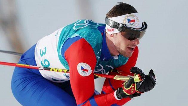 Martin Jakš na trati během závodu na 15 km.