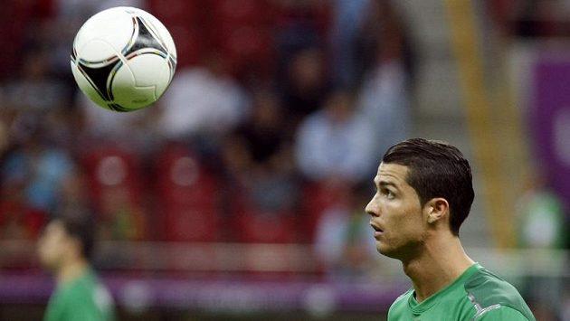Cristiano Ronaldo před čtvrtfinálovým zápasem proti České republice v polské Varšavě.