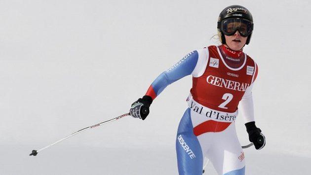 Než začalo sněžit, Švýcarka Lara Gutová si dojela na zkrácené trati sjezdu pro vítězství.