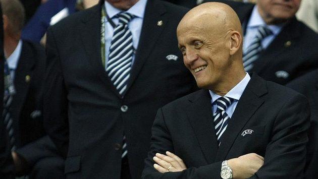 Známý italský rozhodčí Pierluigi Collina před čtvrtfinále EURO 2012 mezi Českou republikou a Portugalskem.