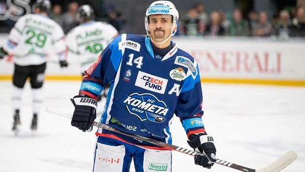 Tomáš Plekanec z Brna během utkání v Mladé Boleslavi.