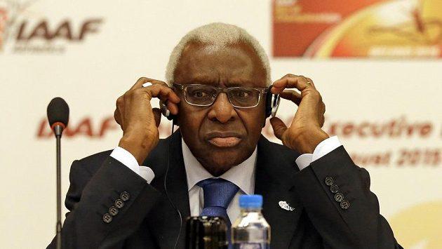 Někdejší prezident IAAF Lamine Diack