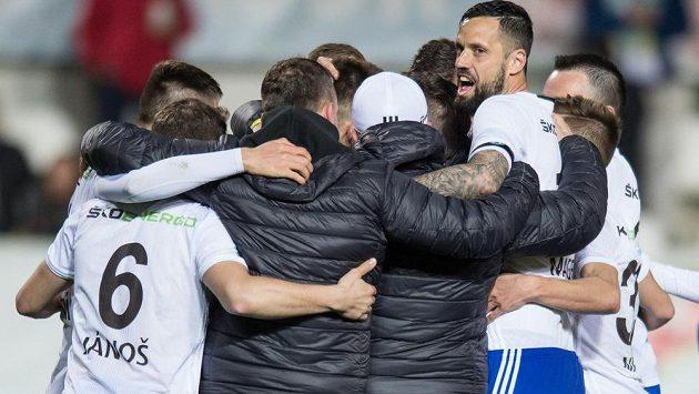 Fotbalisté Mladé Boleslavi postoupili do semifinále MOL Cupu. V pohárovém čtvrtfinále porazili Bohemians Praha 1905 na pokutové kopy.