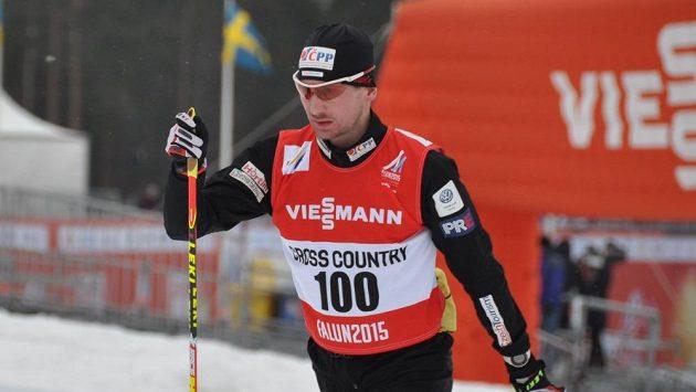 Lukáš Bauer při tréninku na tratích ve Falunu.