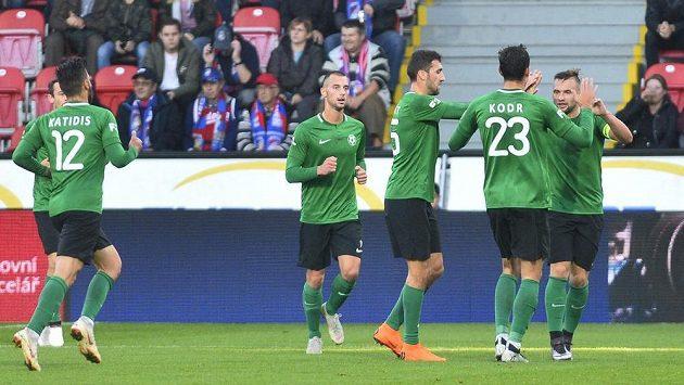 Příbramští fotbalisté se radují v Plzni z branky, kterou vstřelil Antonín Fantiš (vpravo).