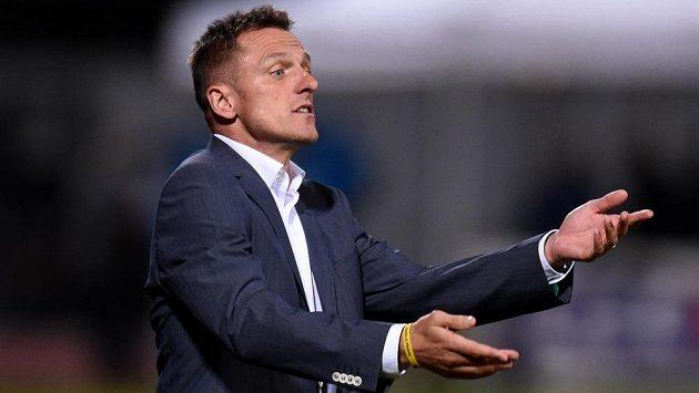 Trenér Dukly Praha Luboš Kozel při podzimním utkání proti Spartě.