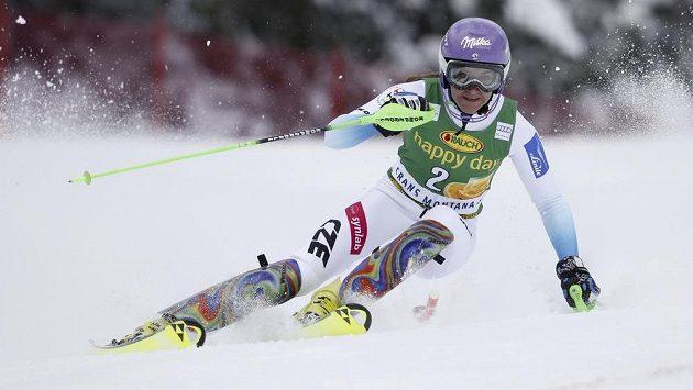 Šárka Strachová během slalomu ve švýcarském středisku Crans Montana.
