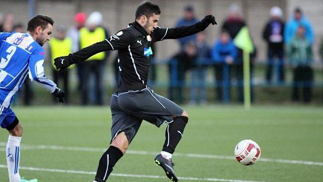 Aidin Mahmutovič už střílí góly v dresu plzeňské Viktorie.