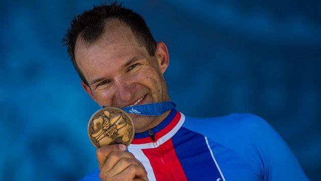 Jan Bárta s bronzovou medailí v časovcen a Evropských hrách.