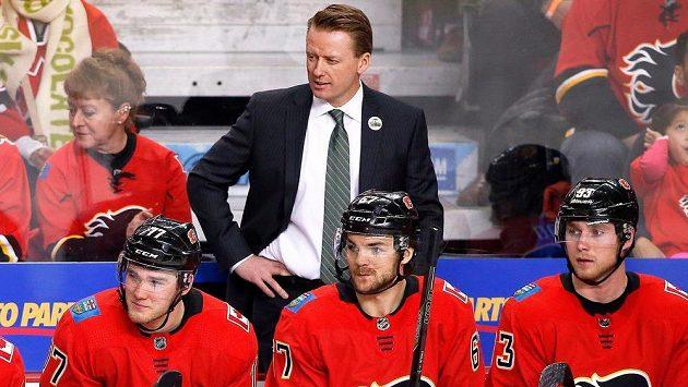 Glen Gulutzan už není trenérem hokejistů Calgary.