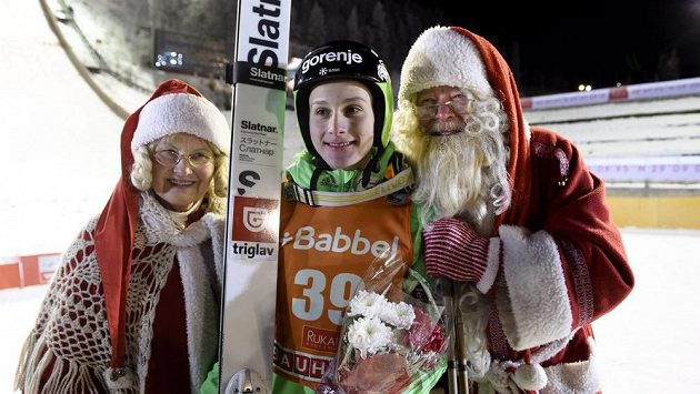 Domen Prevc ze Slovinska ovládl první závod SP ve finské Ruce.