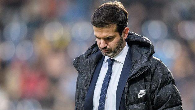 Trenér Sparty Praha Andrea Stramaccioni má starosti...