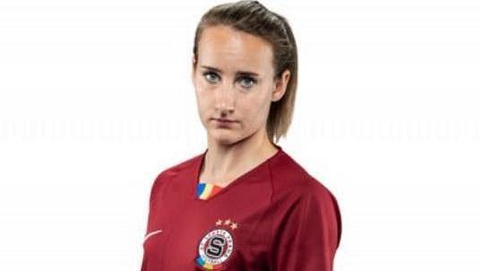 Česká fotbalová reprezentantka Gabriela Matoušková přestoupila z pražské Sparty do italského týmu Pink Bari.