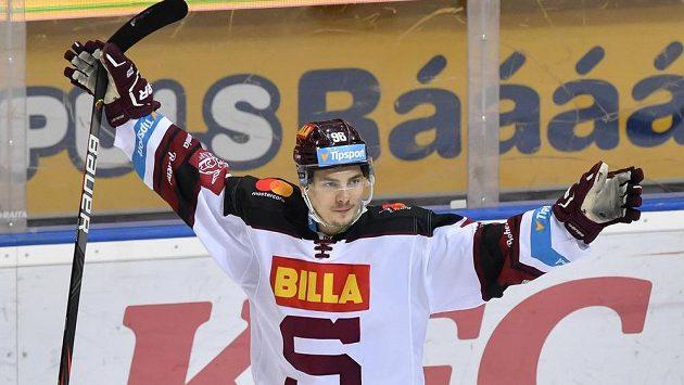 David Tomášek ze Sparty se raduje z gólu proti Olomouci.