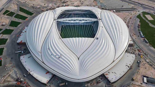 V Kataru finišují stavební práce na stadionu Al Wakrah, který by měl být hlavním dějištěm fotbalového mistrovství světa v roce 2022.