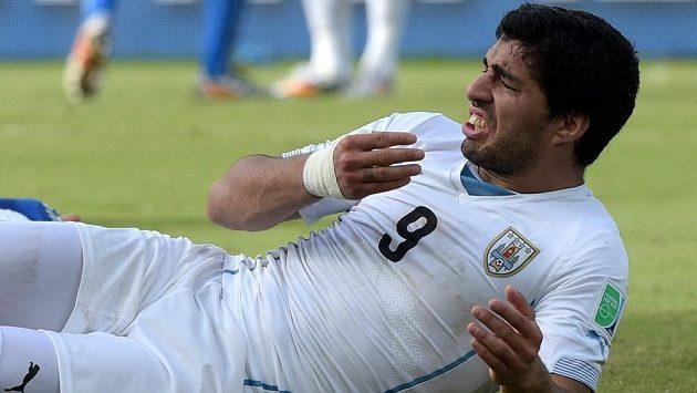 Luis Suárez je vynikajícím, ale také problémovým fotbalistou. Zkrotí ho v Barceloně?
