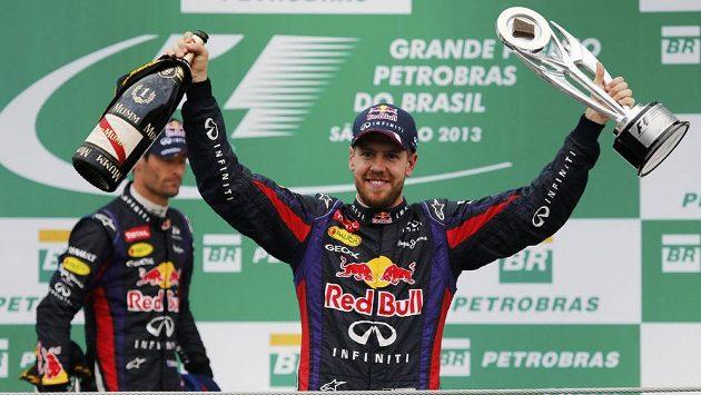 Sebastian Vettel první, Mark Webber až druhý. Takové byly v Red Bullu role.