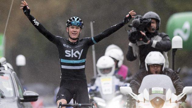 Christopher Froome z týmu Sky slaví vítězství ve 4. etapě závodu Kolem Romandie.