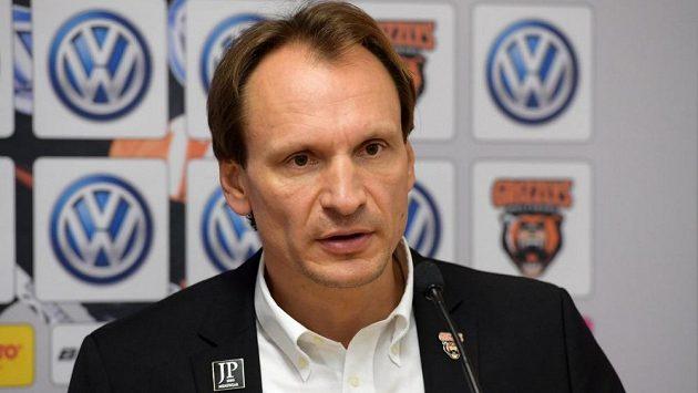 Český trenér Pavel Gross si v Německu vyzkouší od nové sezóny další angažmá. Místo Wolfsburgu bude trénovat hokejisty Mannheimu.
