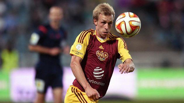 Záložník Dukly Praha Tomáš Berger rozhodl proměněnou penaltou o výhře svého týmu v Brně.